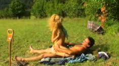 Exciting blonde invites her boyfriend for a wild sex adventure outside