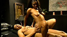 Ebony broad with natural curves goes down on her masseur's table