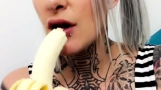 Sweet Blonde Teen Toying Her Pussy On Webcam